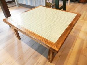 table_img01_bg